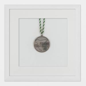 Cadre pour médailles 20x20 cm, blanc