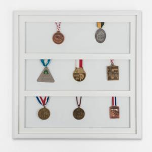 Cadre pour médailles 50x50 cm, blanc