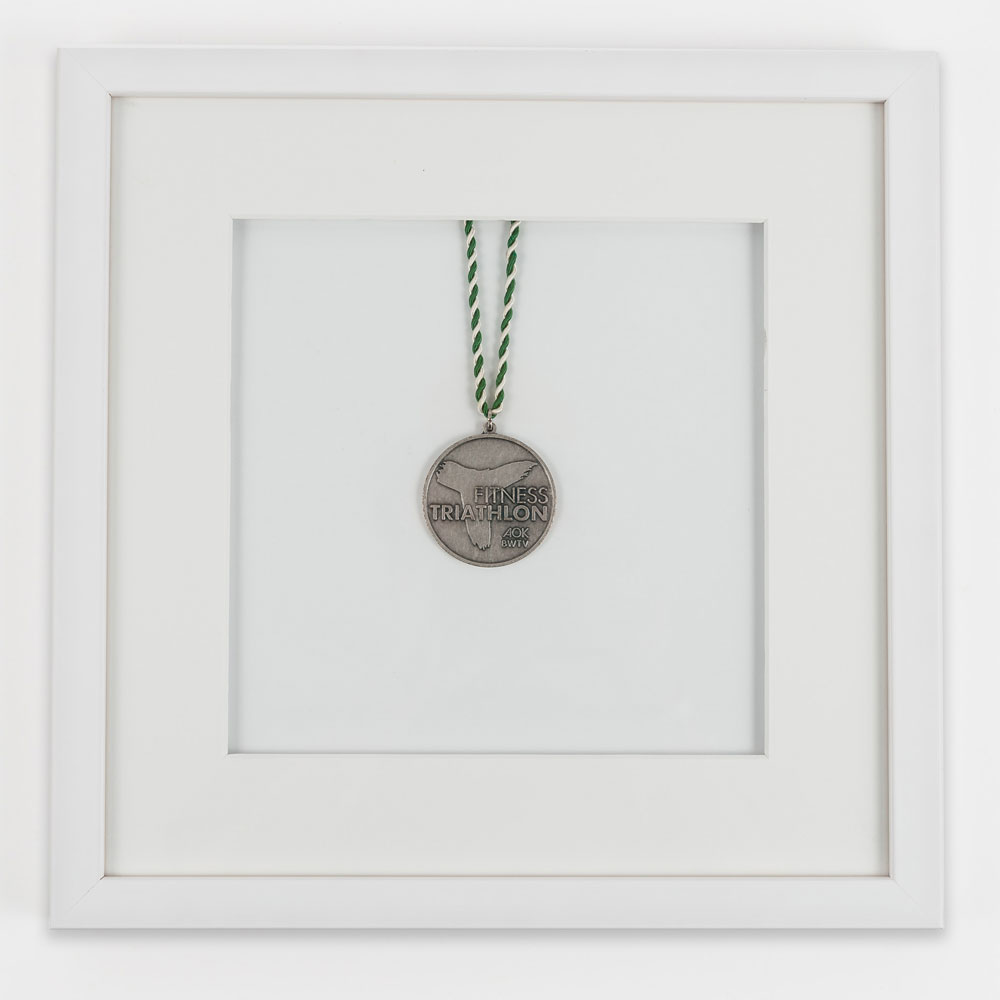Cadre pour médailles 30x30 cm, blanc
