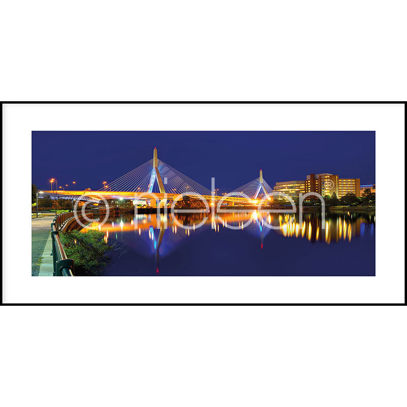 "Image encadrée ""Bridge at Night"" avec cadre en aluminium C2"