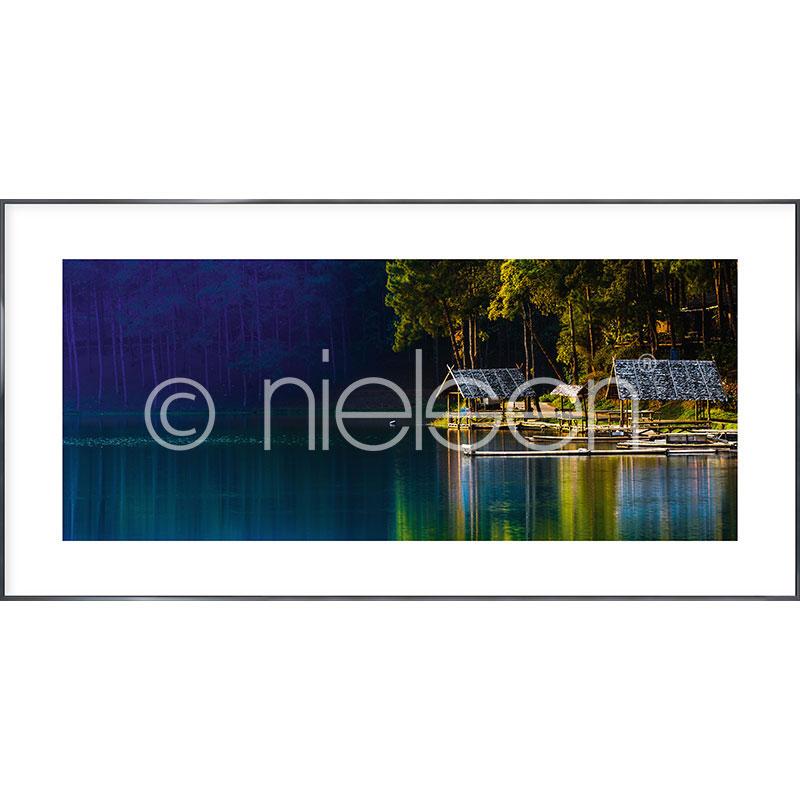 "Image encadrée ""Lake"" avec cadre en aluminium Alpha"