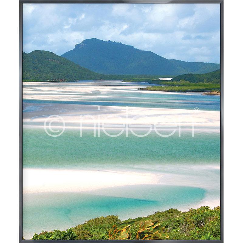 """Image encadrée """"White Haven Beach"""" avec cadre en aluminium Alpha"""