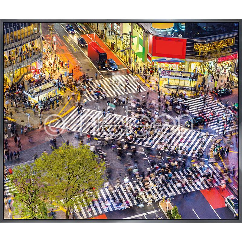"""Image encadrée """"Tokyo Crosswalks"""" avec cadre en aluminium Alpha"""