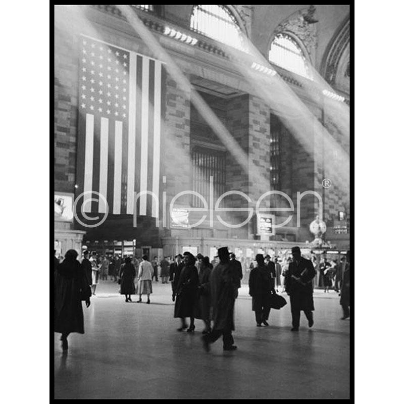 """Image encadrée """"Metro Station"""" avec cadre en aluminium C2"""