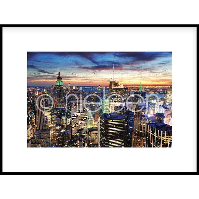 "Image encadrée ""Skyline at Night"" avec cadre en aluminium C2"