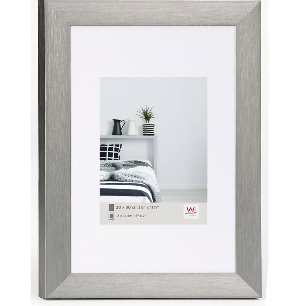 walther cadre en aluminium aluline 20x30 cm 13x18 cm acier verre normal. Black Bedroom Furniture Sets. Home Design Ideas